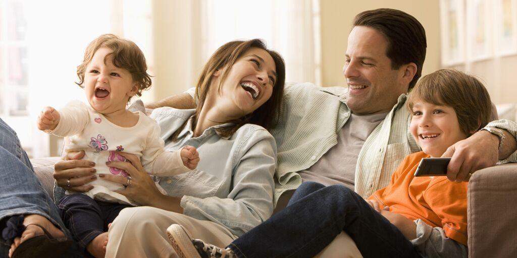 Berkumpul-bersama-keluarga-1024x512